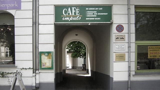 Breite Straße mit cafeimpuls in den 90er Jahren